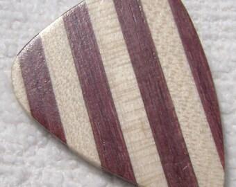 Maple/Purpleheart wood guitar pick, plectrum, Wood guitar pick, Wood plectrum, Engraved option,Gift, Wood gift