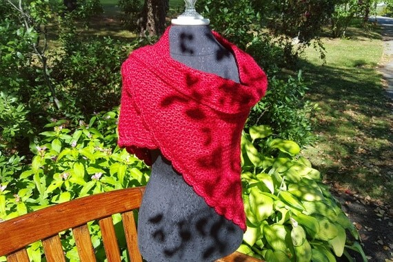 Crochet shawl, red wedding shawl, women's shawl, anniversery gift for her, bridesmaids gift