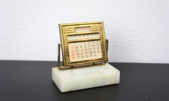 Perpetual Calendar Art Deco : Vintage perpetual desk calendar art deco date display stand