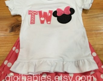 Girlie Minnie Mouse Birthday Tee and shorts outfit gigi babies two