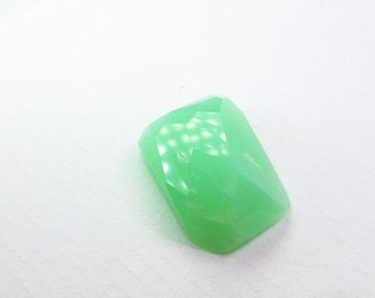 Chrysoprase Cabs. Natural. Micro Facet Cut. Clean, Bright, and Lovely. 1 pc. 12.36 cts. 13x19x6 mm (CH589)