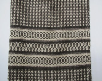 Vintage hand woven rug/blanket/throw/gray and white geometric design/5 x 7