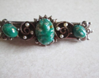 vintage ETRUSCAN green MOTTLED glass cabochon faux pearl stamped deco era BROOCH