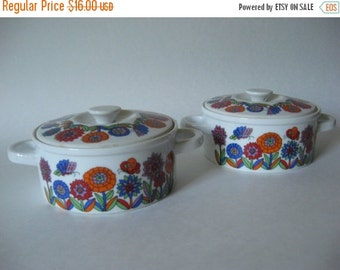 """40% SALE Two small casserole serving bowls mid century vintage lidded dish like """"Acapulco"""" made in Japan butterly mod floral"""