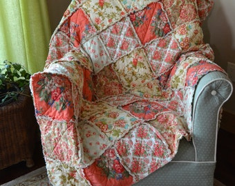 Rag Quilt, Romantic, Large Size, Cotton and Flannel Throw, Apricot Rose, Peach Dogwood