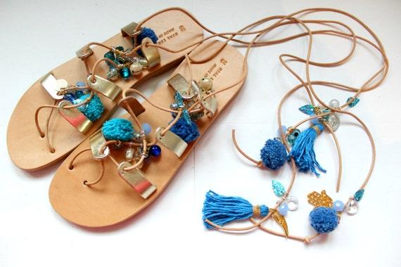 SALE Pompom sandals- Boho sandals/Greek Sandals, Tie Up Gladiator Sandals, Pom Pom Sandals, sandales grecques sandales femme