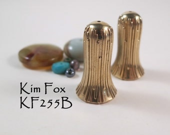 LargeTrumpet Flower Grooved Cones in Golden Bronze suitable for necklaces made by Kim Fox