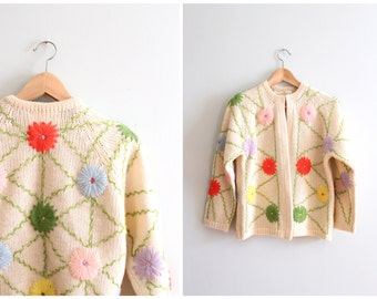 vintage 60s soft wool cardigan sweater - cream wool & embroidered flowers / Sorbet Pastels - neon pastels / Sweet Kawaii - 60s mod cardigan