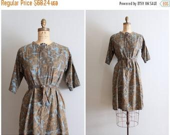 20% SALE vintage 40s - 50s cotton day dress - batik print dress / 1950s handmade print dress / brown & blue batik print dress- ladies size l