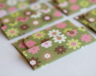 NEW -Mini Cards n Envelopes - Set of 6 - Camo Green with Pink, Lime Green, White Tiny Flowers