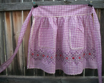 Vintage Apron, Purple Gingham with Embroidery