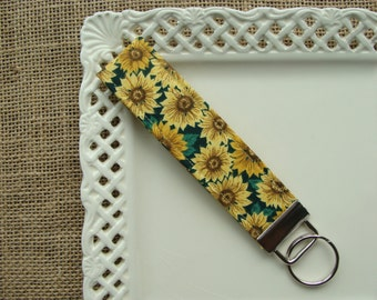 Wristlet /  Key Chain - Classic Sunflower on Green