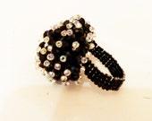 Romantic Ring Wedding ring - Bridal Black White Pearl size 8 Valentine's day