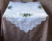 Vintage hand-made crewel embroidery table cover. C6-249-3.0