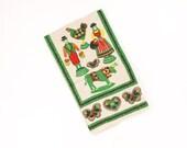 Vintage Tole Print Towel Pennsylvania Dutch Pattern - Green Red Yellow Black - Scandinavian Design Kitchen Dish Towel - Unused Paragon