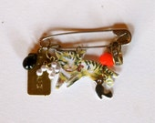 Nathalie Lete Cat Painting Brooch - Assemblage Pendant Finding - Hippie Chic - Founded Objects