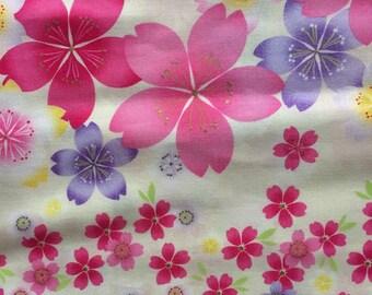 Special sale Japanese kimono cotton fabric sakura printed light cream white colour