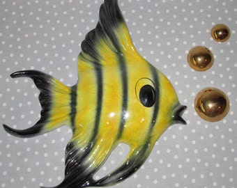 LARGE Vintage Yellow Tropical Fish Ceramicraft Tropic Wall Plaque Hanging Bathroom Gold Bubbles Set