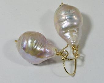 Kasumi Like Pearl Earrings, Handmdade Earrings, Genuine Pearl Earrings Pink Shell Pearls Earrings Pearl Jewelry