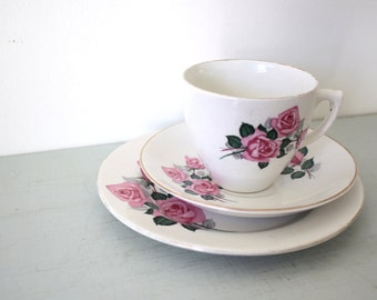 Teaset Trio of Teacup, Saucer and Teaplate with Pink Rose Motif by Carrigaline of Ireland