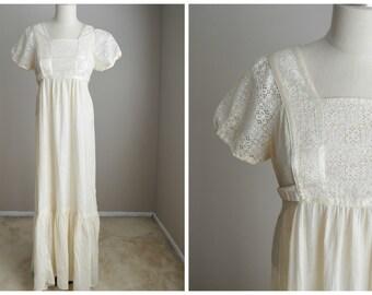 Vintage 70s Ivory Boho Bohemian Hippie Maxi Gauzy Semi-sheer Gorgeous Dress // womens small/med