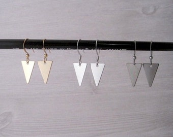 Iso - One Pair Tiny Geo Triangle Earrings in Silver, Gold or Gunmetal; Cute Dainty Ditsy Geometric Metal (Boucles Triangle) by InfinEight