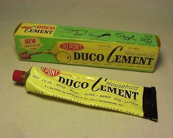 c1950s Du Pont Duco Household Cement E. I. Du Pont Nemours & Co. Wilmington, Del., Advertising Automotive lead tube with box