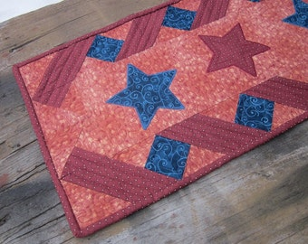 Stars and ribbons table runner
