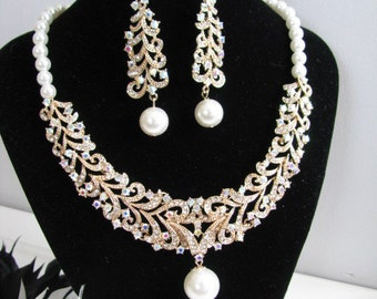 Statement Wedding Necklace in  Gold tone and White Swarovski Pearl Great Bridal Wedding Jewelry Pageant Jewelry