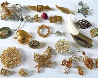 Lot of 20 Vintage Brooches 1940s through 1980s