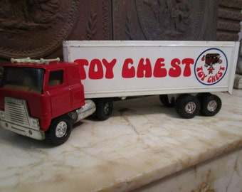 """Vintage 1970s era 'International' cab-over semi truck and trailer by 'ERTL""""!"""