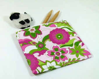Knitting Project Bag - Petite Zipper Notions Bag in Pink and Green Flower Quilting Fabric with Pink Cotton Lining