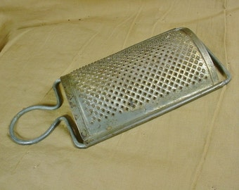 Vintage Tin Grater Wire Hanger Curved Shape Kitchen Gadget Country Cabin Farm Primitive