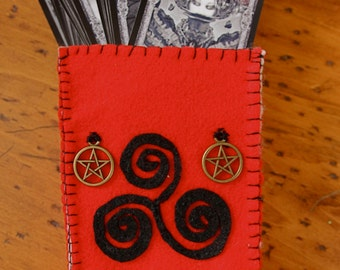 OOAK TRISKETE TAROT Bag with Pentagram Closures