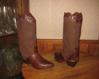 Zodiac  USA     Western  Leather Boots  with  Metal Heel & Toe Guards      Womens  5  M