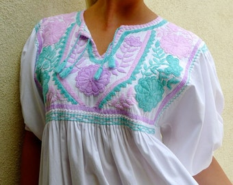Mexican Vintage 70s embroidered cotton dress Turquoise pink boho resort summer Frida Style - Medium/Large