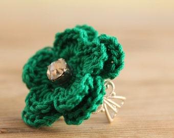 Crochet Ring - Green Bottle flower crocheted ring - Delicate Flower Ring - Jewellry crocheted