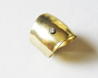 Modern Gold Wide Ring with Single Stone