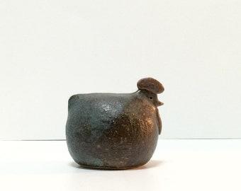 Vintage modernist studio pottery bird chicken hen