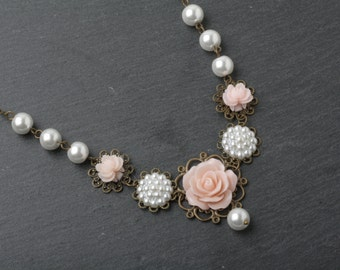 Bridal Necklace, Blush pink rose necklace, rustic wedding necklace, Blush pink wedding jewelry, garden wedding, pink bridal necklace