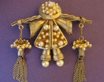 Vintage sterling vermeil with pearls SONIA LEE Oriental girl brooch pin