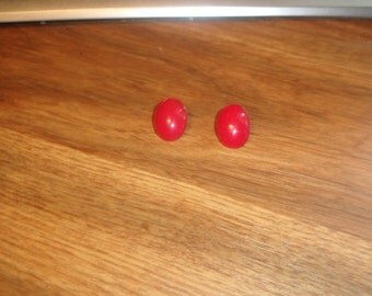 vintage clip on earrings red lucite oval