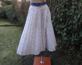 Pleated Skirt / Skirt Vintage / Floral / Size EUR36 / 38 / UK6 / 8