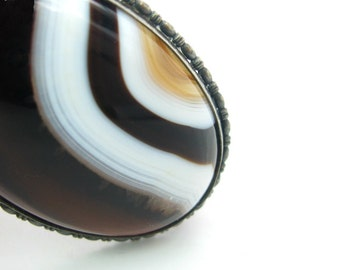 Late Victorian Brooch. Banded Agate Oval, Sterling Silver 935. Deep Brown, White, Tan. Austria Hungary. Vintage 1910s 20s Art Deco Jewelry.