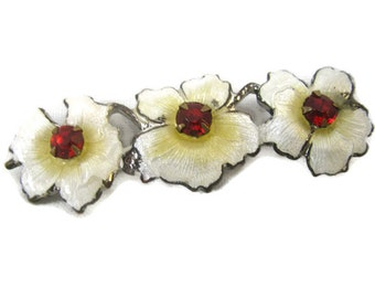 Victorian Small 1.5 inch cloisonne guilloche taille white flowers pin - red paste centers