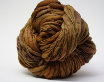 Thick and Thin Yarn Handspun Merino Wool Slub  tts(tm) Hand dyed Half-Pounder Peanut Brittle 0x Super Bulky