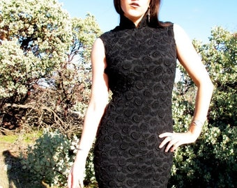SALE 1960s Wiggle Lace & Silk Dress Black Floral Antique withcy noir Midi Fitted  // size S/ M