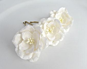 Gardenia Bobby Pins, Flower Pins, Bridal Flower Hair Pins, Bridesmaid Bobby Pins, UK Seller, White Rose Hair Pins, Woodland Wedding