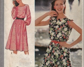 Flirty Belted 1980's Dress Loose-Fitting -  Vintage Women's Fashion  - Size 14 - UNCUT - Sewing Pattern Simplicity 9444
