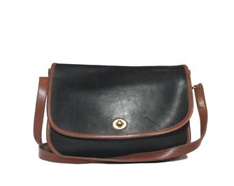 Medium Sized COACH Shoulder Bag in Black Leather w/ Brown Trim